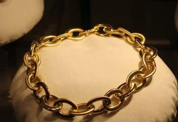 Pourquoi choisir des bijoux en acier inoxydable ?